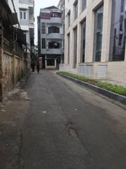 Chính chủ cần bán nhà 3 mặt tiền đường Hoàng Quốc Việt, giá tốt.