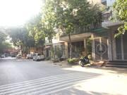 Nhà Văn Quán 5T, kinh doanh, oto vào nhà, đường rộng 8m, giá 3.5 tỷ