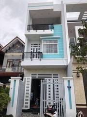 Nhà mặt tiền đường Tân Túc   Bình Chánh. DT 5x17m shr