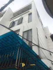 Bán nhà 4 tầng 57m2 sân cổng riêng , cao cấp trong ngõ phố Hàng Kênh