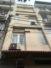 Góp vốn bán gấp nhà mặt tiền đường Trần Văn Kiểu, phường 10, quận 6.