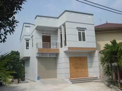Cho thuê nhà 2 tầng mỗi sàn 100 m2