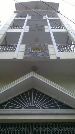 Nhà Cho thuê 4 lầu Đầy Đủ Đồ Đạc mặt tiền đường 32 giá 30 triệu  Miễn Trung gian