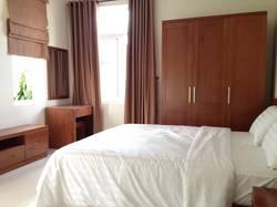 .Cho thuê nguyên căn nhà cực đẹp 4 tầng cách biển 3 phút nội thất sang trọng 2200