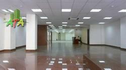 Văn phòng đường Nguyễn Văn Thủ, Quận 1. DT: 40 m2 Giá: 9 triệu.