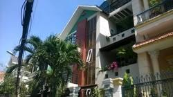 Cho thuê gấp villa biệt thự đường nội bộ 8m đường D3, Quận Bình Thạnh: 9.8m x 12.2m, 3 lầu, 7PN, 8WC