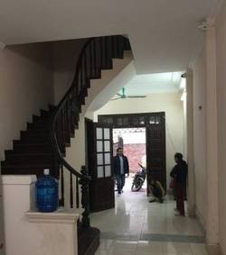Nhà riêng - cạnh UBND phường Mỹ Đình 2
