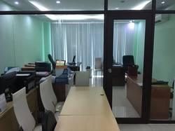 Tòa nhà văn phòng mặt tiền Hồ Bá Kiện,Q.10 , nhà 1 hầm, 6 lầu giá 70tr/Tháng