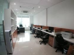 Cho thuê văn phòng trọn gói mặt phố khu Hoàng Đạo Thúy, giá 10 tr/tháng