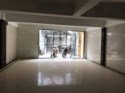 Nhà ngõ 118 Nguyễn Khánh Toàn. DT 75m2 xây 6,5Tầng, sân 30m,Thang Máy