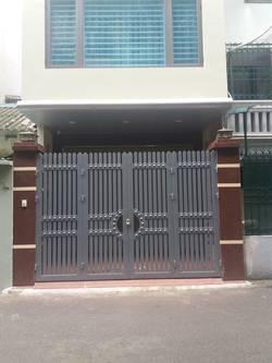 Nhà ngõ 105 Nguyễn Phong Sắc, DT 60m xây 5 Tầng, làm vpcty, Trung tâm đào tạo...