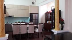 Cho  thuê nhà 320m2 phố Lãng Yên