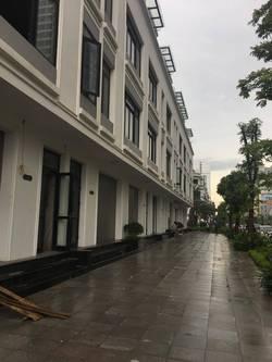 Cho thuê liền kề 6A , làng Việt kiều Châu Âu, 78 m2 X 4 tầng đủ nội thất 20 tr /th