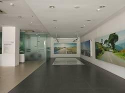 Cho thuê 600m2 sàn thương mại tầng 1 mặt đường Phạm Hùng làm showroom, ngân hàng, siêu thị