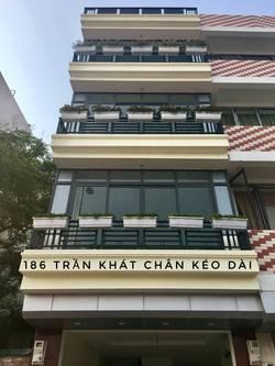 C/Chủ cho thuê gấp tầng 1 2 địa chỉ 186 Trần Khát Chân kéo dài.