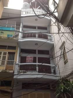 Cho thuê nhà riêng trần hưng đạo, triệu việt vương 30m 4 tầng ngõ 4m làm SPA hay ở giá 15tr