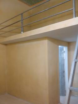 Nhà mình có phòng trọ rộng 14m2 7m2 gác xép, có điều hòa, nóng lạnh, bàn bếp ở Bình Lộc