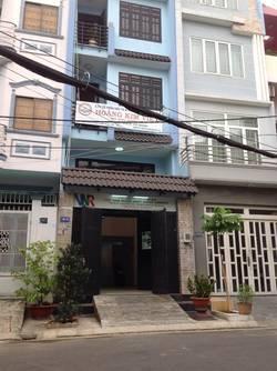Phòng cực đẹp và thoáng mát trên đường Nguyễn Hữu Cảnh, bên cạnh VINHOMES, 5 phút qua Q.1, 3 tr/th
