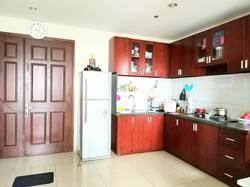 Cho thuê căn hộ Harmona, lầu 10, nội thất cơ bản