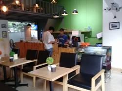 Sang nhượng quán cafe - kem - trà sữa - âm nhạc DT 160 m2 MT 15 m BÊN HỒ VĂN QUÁN Q.Hà Đông HN