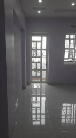 Cho thuê nhà nguyên căn mặt tiền Nguyễn Cửu Đàm, Tân Phú, 20tr