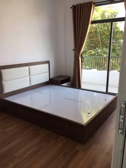 Cho thuê căn hộ 4 PN tại khu vực Hồ Xuân Hương   DN108