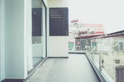 Cty Phong vân cho thuê nhà mặt đường mê linh ngang 7m. 6 tầng, diện tích sàn 125m.