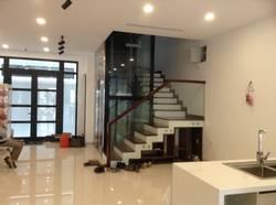 Cho thuê shophouse vinhomes Mỹ Đình 100m2 X 5 tầng hoàn thiện để thông sàn giá cực rẻ