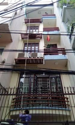 Nhà liền kề diện tích 46m2 x 5T, khu Nguyễn Khánh Toàn. Giá 11tr