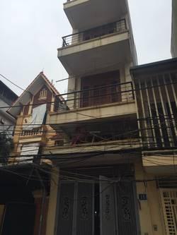 Cho thuê nhà riêng 4 tầng x 43m2 tại ngõ 72 Nguyễn Trãi