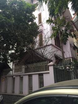 Cho thuê biệt thự 145 m2 x 4 tầng KĐT Mễ Trì Thượng,