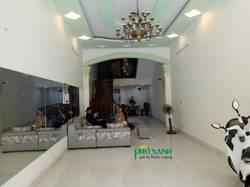 Cho thuê nhà mặt phố Văn Cao mặt tiền 5m diện tích 100 m2 mặt sàn