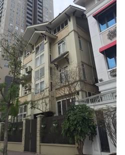 Cho thuê nhà biệt thự ở tôn thất tùng, 205 m2 x 4 tầng để làm vp