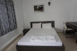 Cho thuê căn hộ dịch vụ 345 Nguyễn Trãi, q1