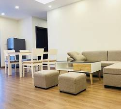 Cho thuê chung cư Ct3b võ chí công 68 m2 chia 2 ngủ đồ cơ bản