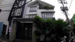 Cho thuê nhà làm văn phòng, 2 mặt tiền, 2 lầu, 400m2, Trường Chinh, Tân Bình