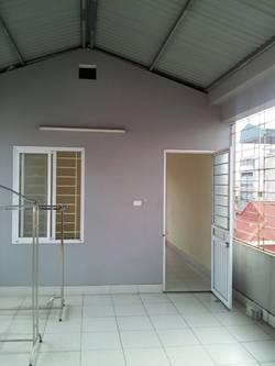 Cho thuê nhà, chung cư mi-ni, 30m2, tầng 5, Trương Định, nhà mới xây, giá hợp lý