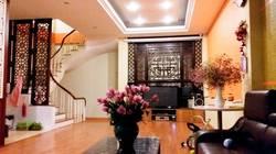 Cho thuê nhà ngõ trung kính đôi 60m x 4T, đủ điều hòa, sàn gỗ trần thạch cao giá 18tr