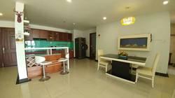Cho thuê căn hộ chung cư Hùng Vương Plaza  Q5, Dt 130m, 3PN, 20tr/th, nhà đẹp, lầu cao, thoáng mát