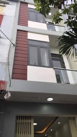 Cho thuê nhà nguyên căn mặt tiền Trung tâm thành phố Đà Nẵng,cách chợ Đống Đa 30m