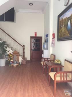 Cho thuê văn phòng 35m2, tầng 3 tại đầu ngõ 106 Lê Trọng Tấn, Thanh Xuân.