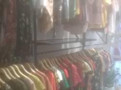 Sang nhượng cửa hàng quần áo túi xách thời trang DT 30 m2 MT 3 m Phố Ngô Thì Nhậm Q.Hà Đông HN