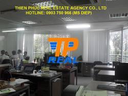 Cho thuê văn phòng đẹp MT Trần Hưng Đạo, Q1, 80m2, 48 triệu/tháng bao thuế và điện lạnh.