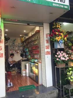 Sang nhượng cửa hàng Phạm Minh Đức   gần ngã 6