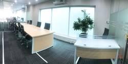 Văn phòng 50m2, đầy đủ nội thất Quận 5 giá trọn gói 14.5tr/tháng