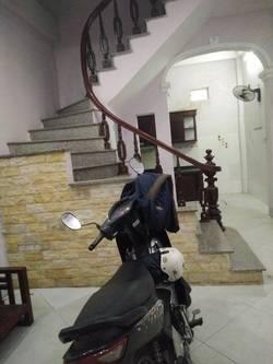 Cho thuê nhà riêng 4 tầng ngõ 193 Phú Diễn, gồm 4PN giá 6tr/ tháng.