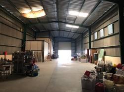 Cho thuê xưởng rộng 400m2 cách đường Nguyễn Ảnh Thủ 200m xã Bà Điểm huyện Hóc Môn