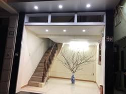Cho thuê cửa hàng và căn hộ khép kín phố Thái Hà