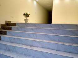 Cho thuê nhà mới 100 5 tầng x 75 m2   1 tầng hầm có 10 phòng MT 5 m LK KĐT Đô Nghĩa Q.Hà Đông HN