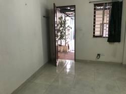Cho thuê nhà trong ngõ Giếng Mứt phố Bạch Mai.